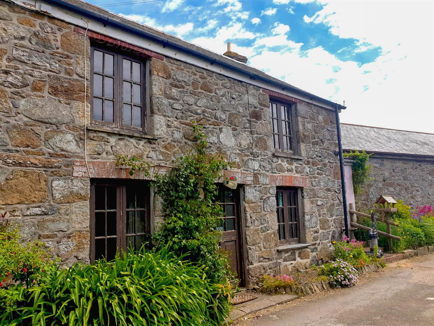 3 Cottage Row, The Lizard, Helston