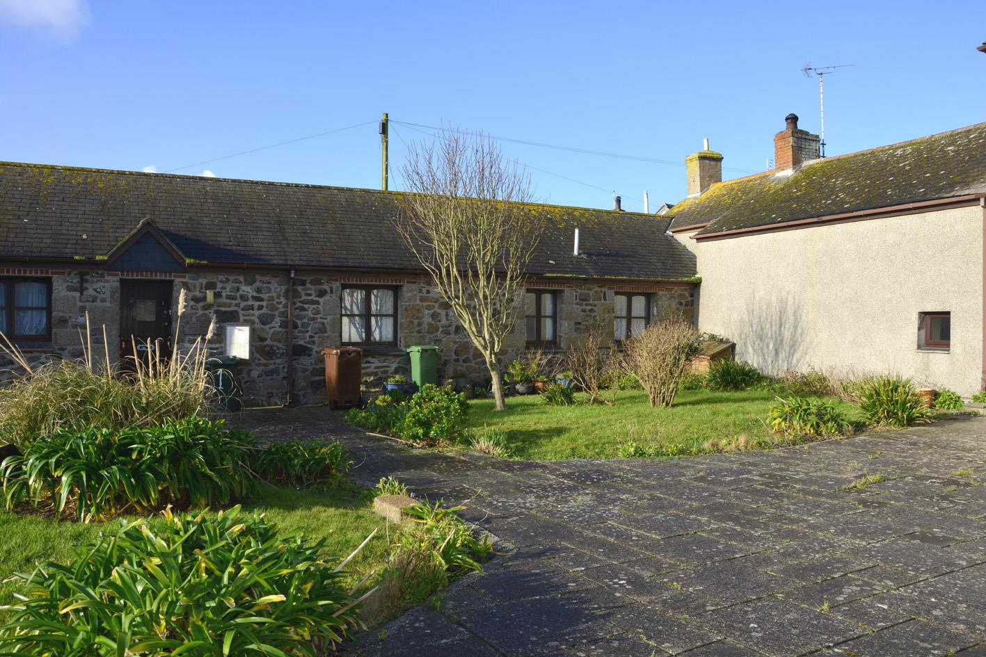 Trenoweth Court, The Lizard, Helston